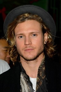 Post a pic of Dougie Poynter.