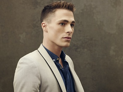 Post a pic of an actor with a nice jaw.