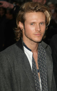 Post a pic of an actor with long hair.