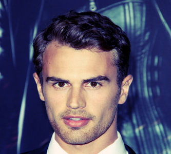 Post a pic of Theo James.
