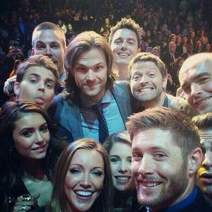 Selfie!!! Now who is the Hottest in this Selfie ???