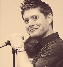 Post a pic of your actor smirking.