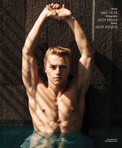 Post an actor who has a broad body.