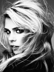 Post a pic of an actress in black and white.