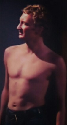Post a pic of ur actor shirtless! Yum yum