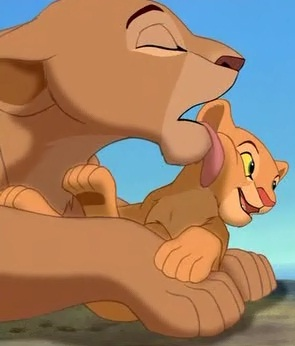 Why do Sarafina and Nala don't have colored paws?
