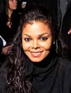 doesn't Janet Jackson look just like her brother?