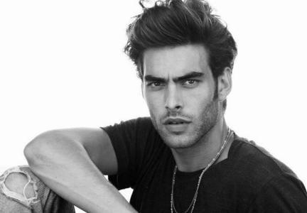 Post an actor whos hair te LOVE.