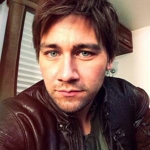Post a pic of an actor which is a selfie.