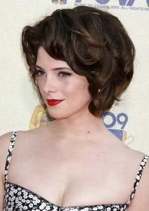 Post a pic of an actress with big hair
