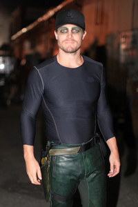 Post a pic of an actor wearing something tight.