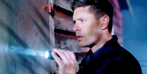 Post a pic of your actor with a flashlight.