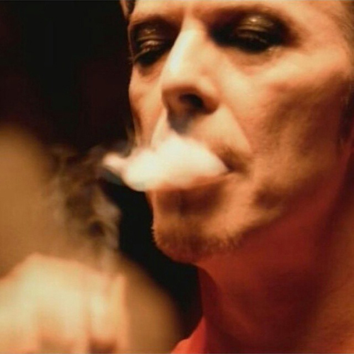 Post a pic of an actor o singer with smoke