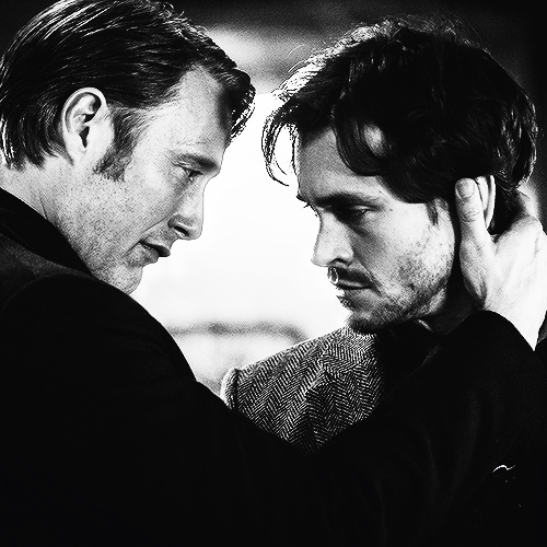 When in the show do 당신 think Hannibal fell in 사랑 with Will?