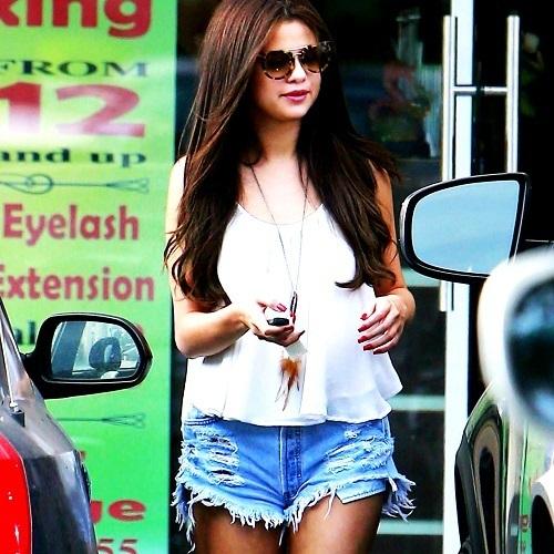 ~Selena Contest~
