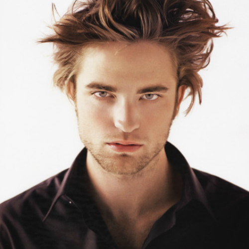 Post a pic of Robert Pattinson with soft hair.