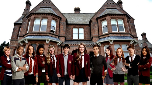 What house do Nina, Fabian, Alfie, Patrica and Amber live in?