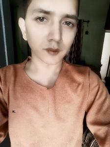 हे Guys, How do I look?