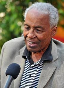 Do آپ miss Robert Guillaume?