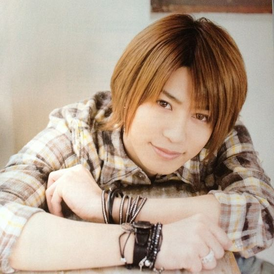 Shin featured in FOOL's MATE magazine (June 2012)