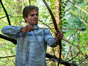 ISLAND FLASHBACK Oliver (Stephen Amell) nearly gives up his fight for survival.