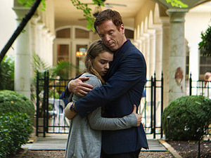 Dana (Morgan Saylor) finally confesses her role in Finn's deadly hit-and-run accident, and wouldn't you know it, her terrorist-cum-double-agent father (Damien Lewis) takes the news rather well