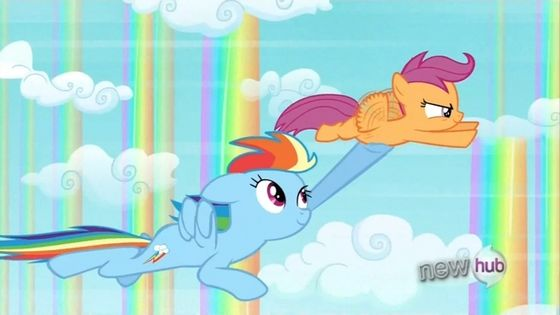 arc en ciel Dash and Scootaloo: In Sleepless in Ponyville, Scootaloo revealed that she wanted arc en ciel Dash to become her big sister and in the end of the episode she get's her wish.