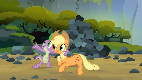 Spike and Applejack: cidre fort, applejack saves Spike's life and so he believes that he must repay his debt to her. He then saves her and they agree that saving each other is just what Friends do.