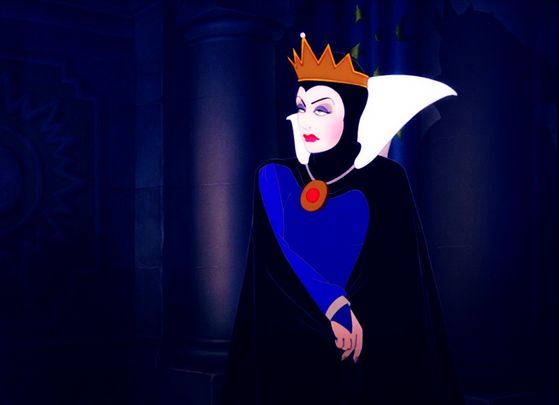 The Evil Queen, my favorito! character in Snow White and the Seven Dwarfs