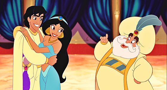 The Sultan with Prince Aladdin và cây đèn thần and his beautiful daugther, Princess Jasmine.