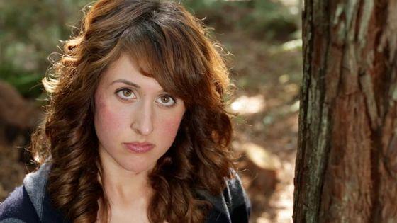 """Alisha Peats - on-set of """"Redwood"""""""