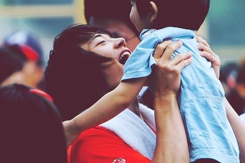 Minho with Yoogeun from SHINee's Hello Baby