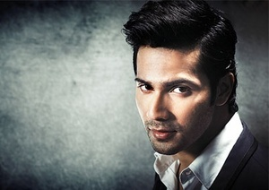 Varun is looking awesome in that pic :) cant ignore to that! Cant?