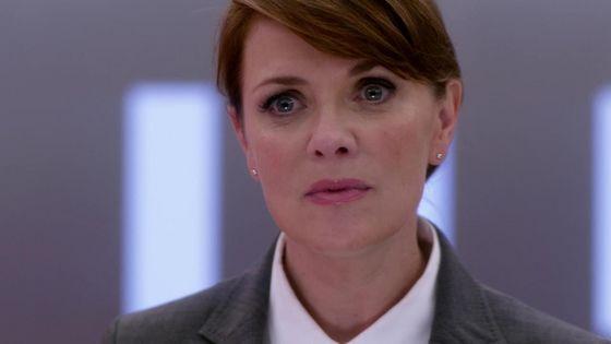 """Naomi prep talking Cas into killing Dean in """"Goodbye Stranger"""""""