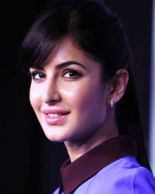 Katrina cute look!