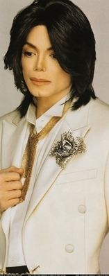 The The Custom-Made Tuxedo Michael Wore On his Wedding araw