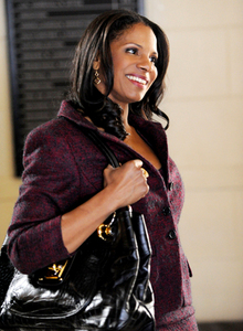FORMER FOE Audra McDonald guest stars as Liz Lawrence, Alicia's law school nemesis, as the two face off in court on the Lemond Bishop case.