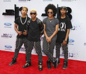 Who is dating prodigy from mindless behavior