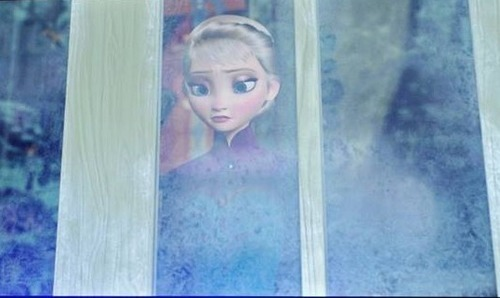 Why couldn't Elsa have stayed evil? She stands a better chance beside the Disney Villains than the Disney Princesses IMO
