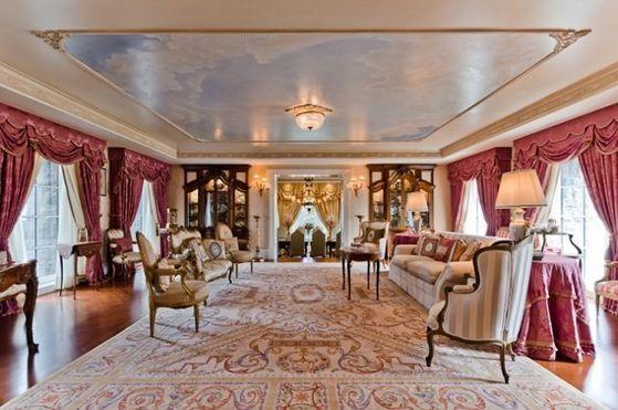 Inside Michael And Maris' Apartment