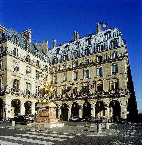 The Regina Hotel Where The Clandestine Влюбленные Stayed For The Duration Of Their Stay In Paris
