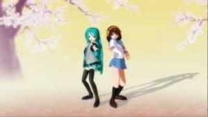 Haruhi Suzumiya pag-awit and dancing with Hatsune Miku.