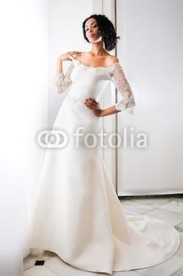 Fancy in her wedding 겉옷, 가운