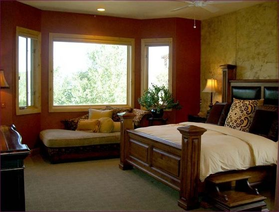 The Master Bedroom Where Maris Spent The Night With Michael