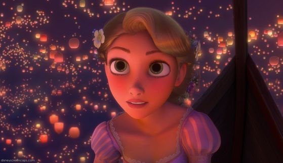 5. Rapunzel: her gorgeous doll like green eyes, adorable smile and of course her famous long locks give her spot number 5 on my liste