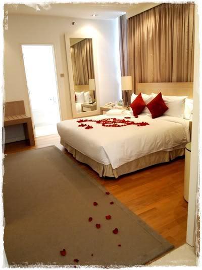 The Honeymoon Suite At Ritz-Carlton Hotel