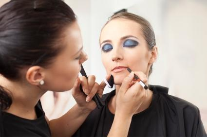 This The Makeup Artist Michael Hired To Work Maris On Her Photoshoots