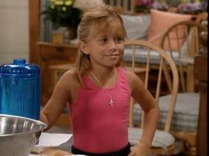 Michelle Tanner ready to make some 更多 柠檬汽水, 柠檬水