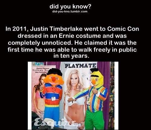 The guy on the left is Justin at the Comic Con 2011