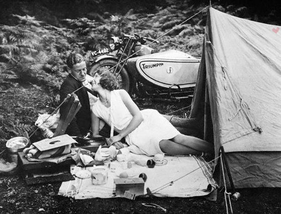 Romantic picnics with tents and motorcycles? Why not!